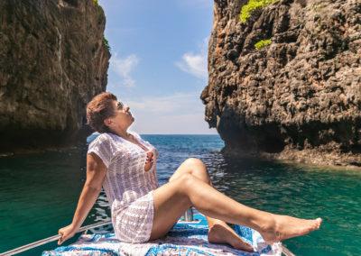 Passeio de barco para mulheres sozinhas em Phi Phi, na Tailândia - Com fotógrafo brasileiro