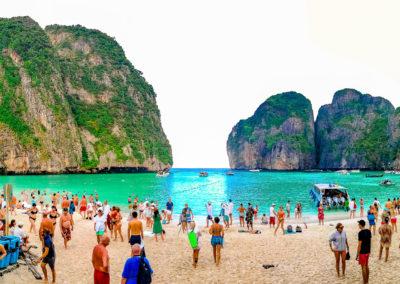 Maya Bay, a praia mais famosa da Tailândia