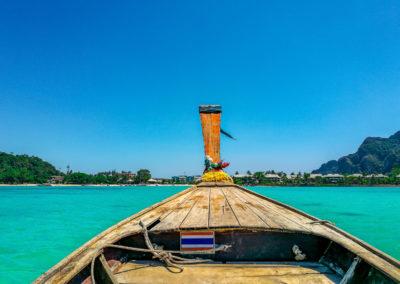Longtail boat em Phi Phi