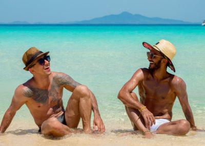 Bamboo Island - Amigos de férias na Tailândia