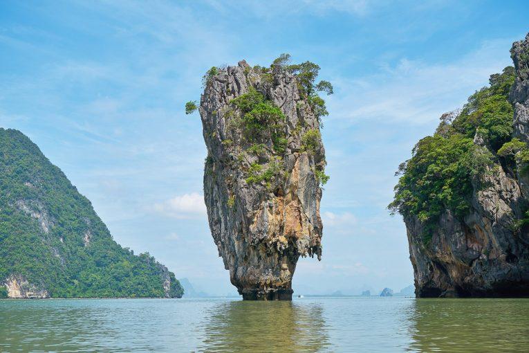 James Bond Island tour pode estar no seu roteiro de 5 dias em Phuket.