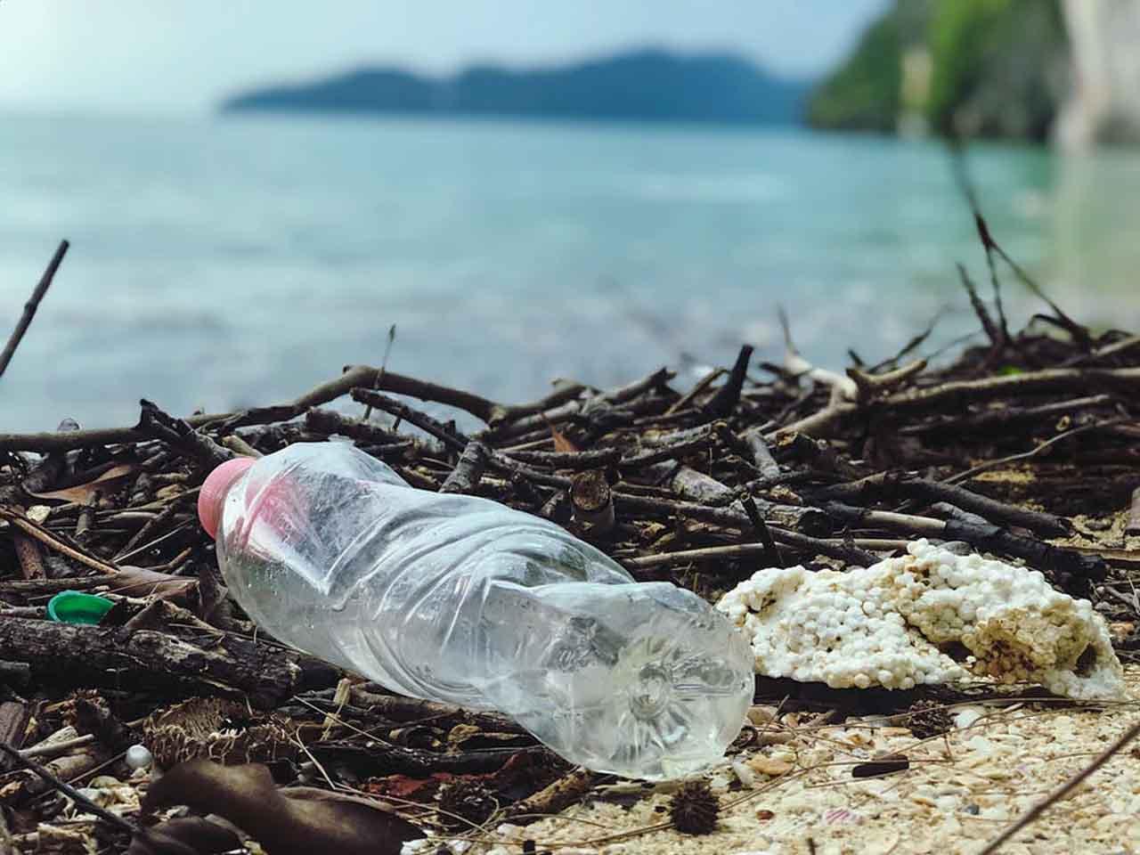 Lixo na Tailândia: Governo devolve lixo deixado por turistas em Parque Nacional