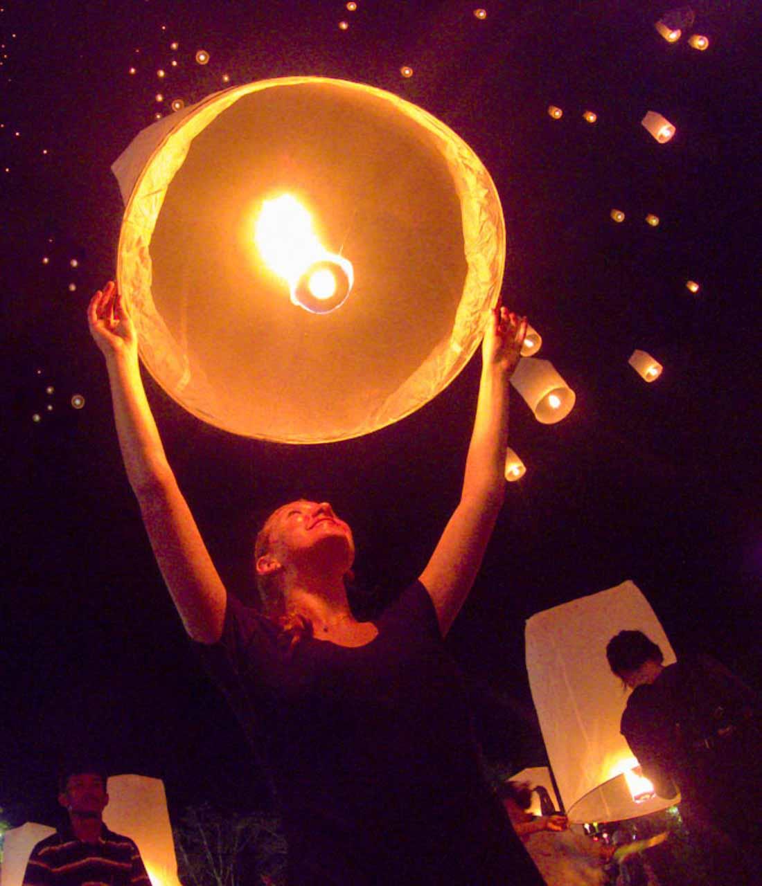 Ingresso Festival das Lanternas Tailândia 2021 Chiang Mai - CAD Khmloy Sky Lanterns Festival 2021