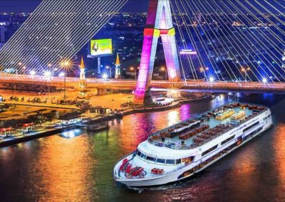 Cruzeiro com jantar em Bangkok - uma das melhores atrações na Tailândia