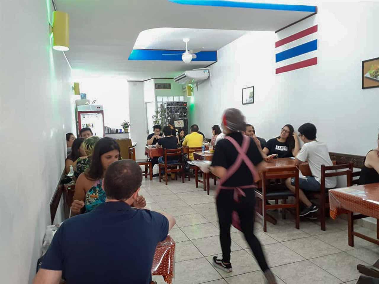 O Thai E-San na Liberdade é o lugar perfeito para quem quer uma comida autêntica. Os donos são tailandeses e uns amores de pessoa.
